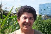 Traditiedrager van de maand: volkstuinder Hayriye Dümlüpınar